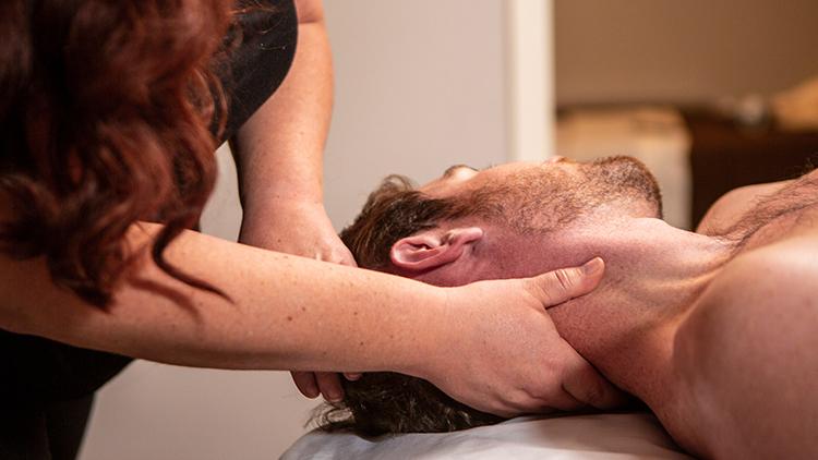Massage Session at Jspa
